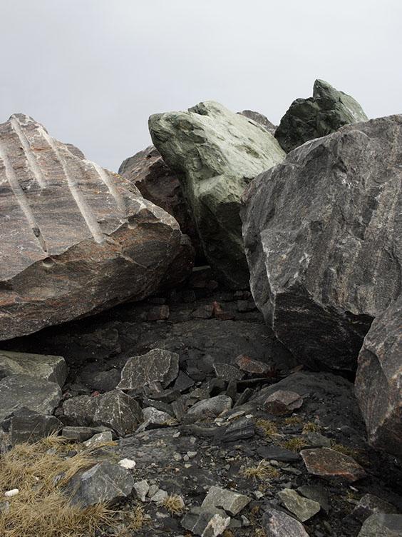 3658-berlevag-mole-steine-hf